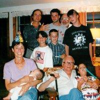 Thumb_capecodfamily1